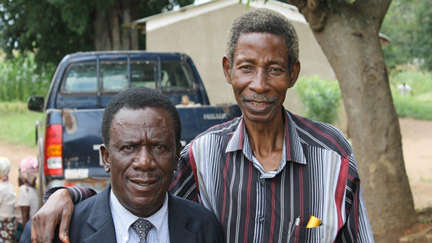 Frakson med kirurg Mr Limwanya.
