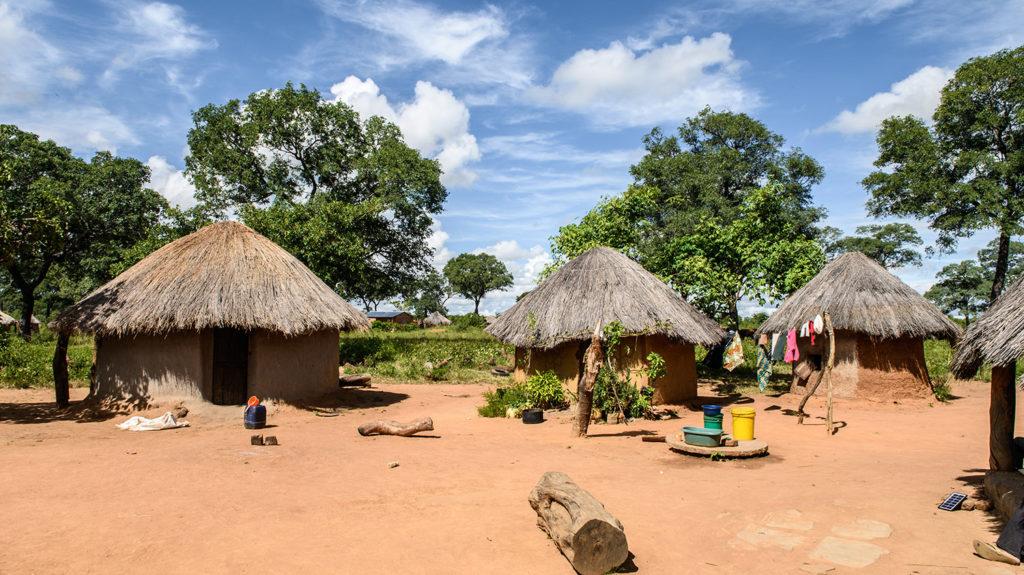 Hus i landsbyen Kalizya i det østlige Zambia.